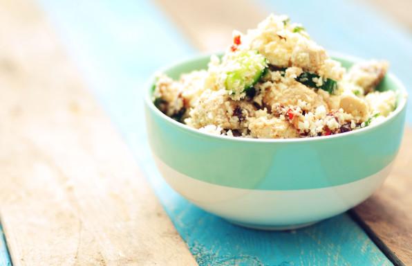 couscous-van-bloemkool-met-dadels-en-feta